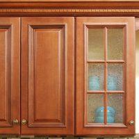 Glass mullion door