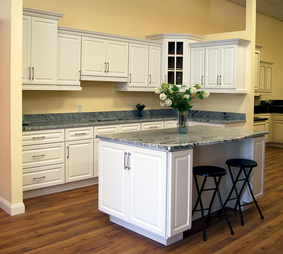 Newport Kitchen Cabinets newport white kitchen cabinets - builders surplus