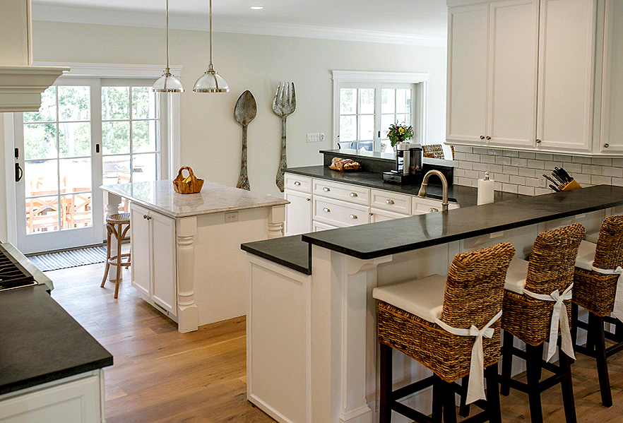 Nantucket kitchen cabinets builders surplus for Bathroom cabinets builders warehouse