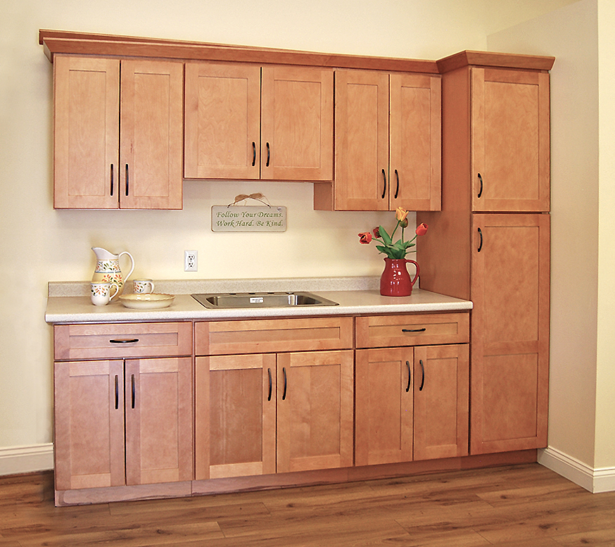 builders surplus kitchen cabinets tuscany toffee kitchen cabinets builders surplus 12622