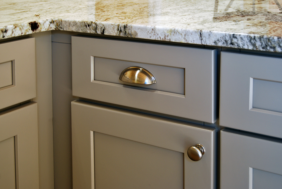 Stone Harbor Gray Kitchen Cabinets Builders Surplus - Grey kitchen base cabinets