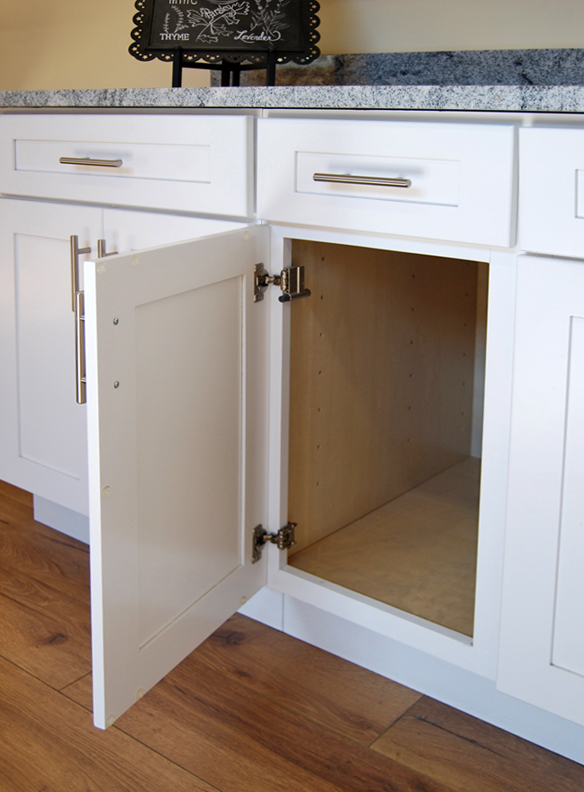Tuscany white kitchen cabinets builders surplus for Bathroom cabinets builders warehouse